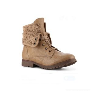 Rock & Candy Spraypaint Lace Up Boot